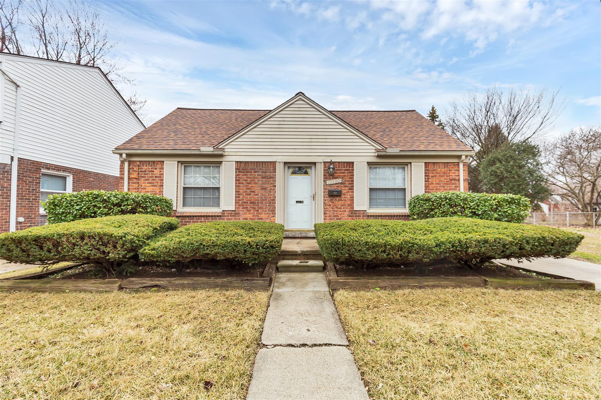 SALE PENDING – 5360 Connell Rd, Emmett 48022 – On 20 Acres!