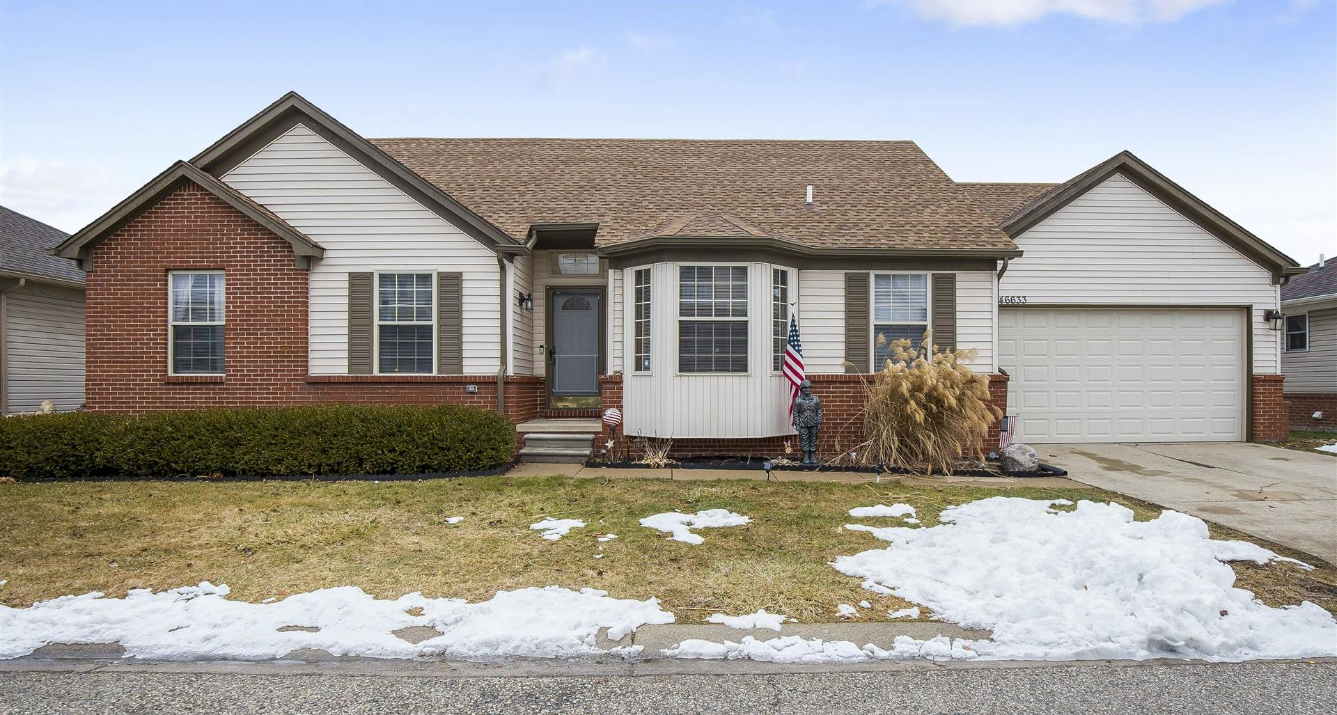 SOLD!!  46633 HEATHER LN IN CHESTERFIELD!