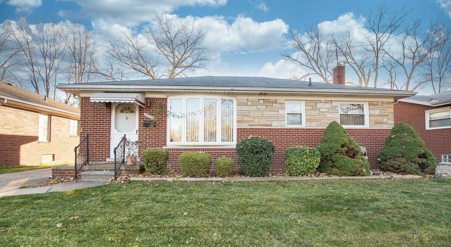 SOLD! 17645 Veronica Ave, Eastpointe 48021